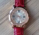 Часы кварцевые,  новые,  красные