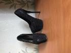 Новые туфли на высоком каблуке,р 35-36